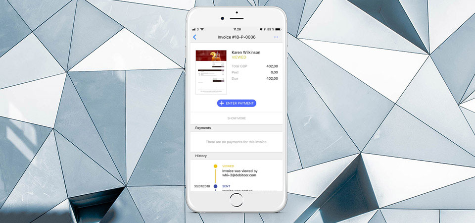 Debitoor invoicing software app for iPhone now gives you even more options in banking