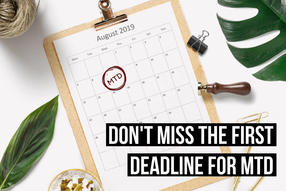 Don't miss the August 7th deadline for online VAT Returns under Making Tax Digital. Sign up to Debitoor Making Tax Digital software today.