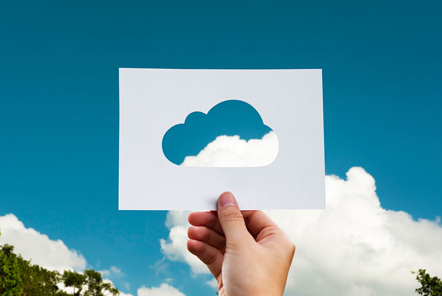 picture of cloud paper cutout - use cloud software to help run your business